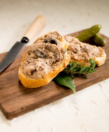 PATE FORESTIER AUX CEPES
