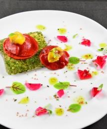 Ravioles de poivron piquillos au cœur de perles au thym et tomates jaunes