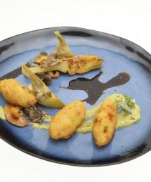 Croustillant de risotto aux champignons et artichauts au pesto de sauge